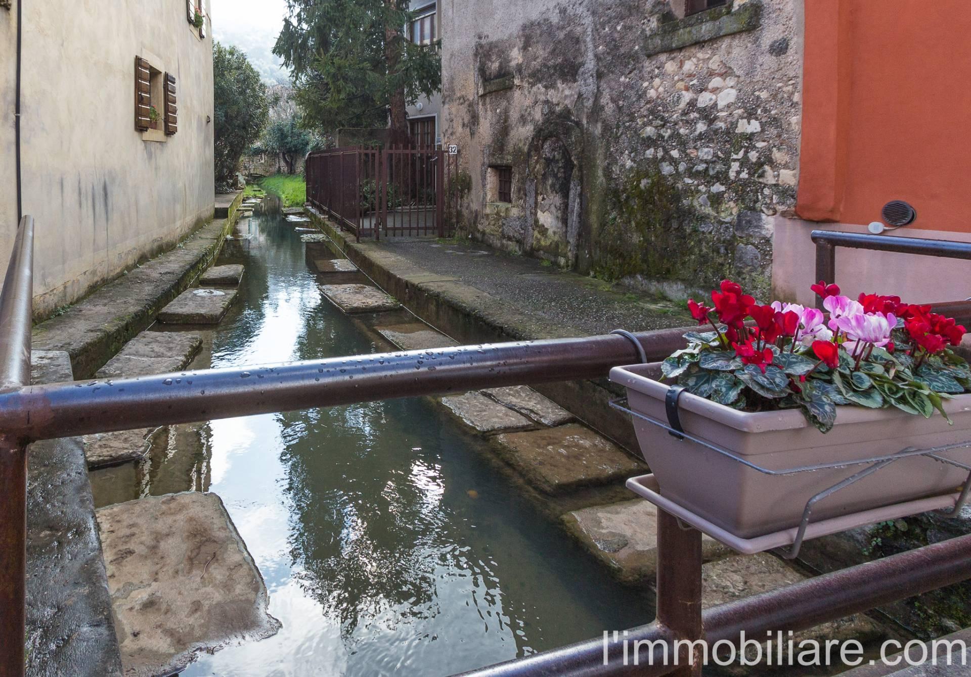 In Vendita Trilocale a Verona