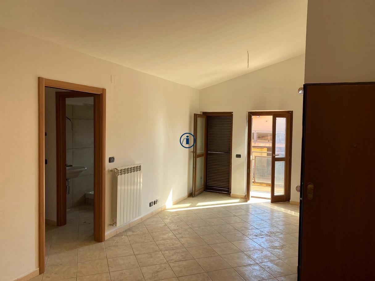 Appartamento in vendita a San Nicola la Strada, 3 locali, prezzo € 100.000 | CambioCasa.it