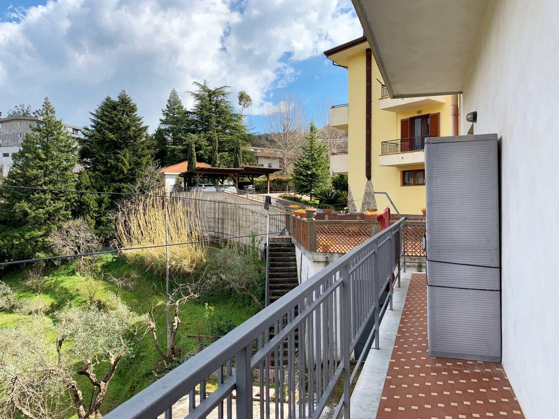 Appartamento in vendita a Catanzaro, 3 locali, zona Località: Piterà, prezzo € 135.000 | CambioCasa.it