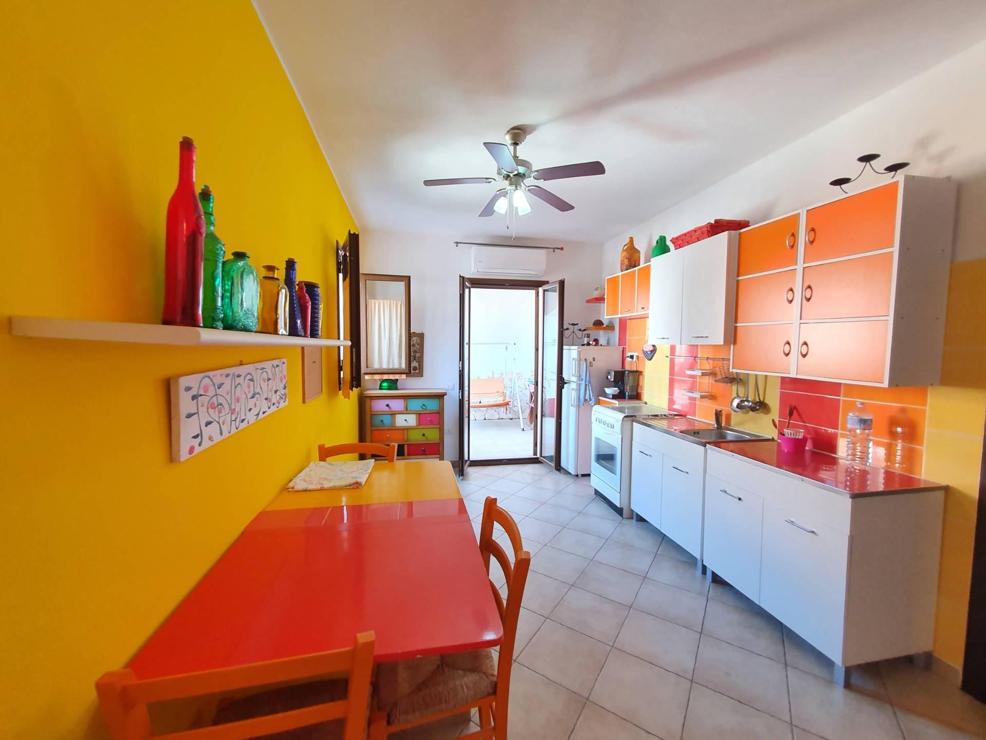 Appartamento in vendita a Tortolì, 3 locali, prezzo € 110.000 | PortaleAgenzieImmobiliari.it