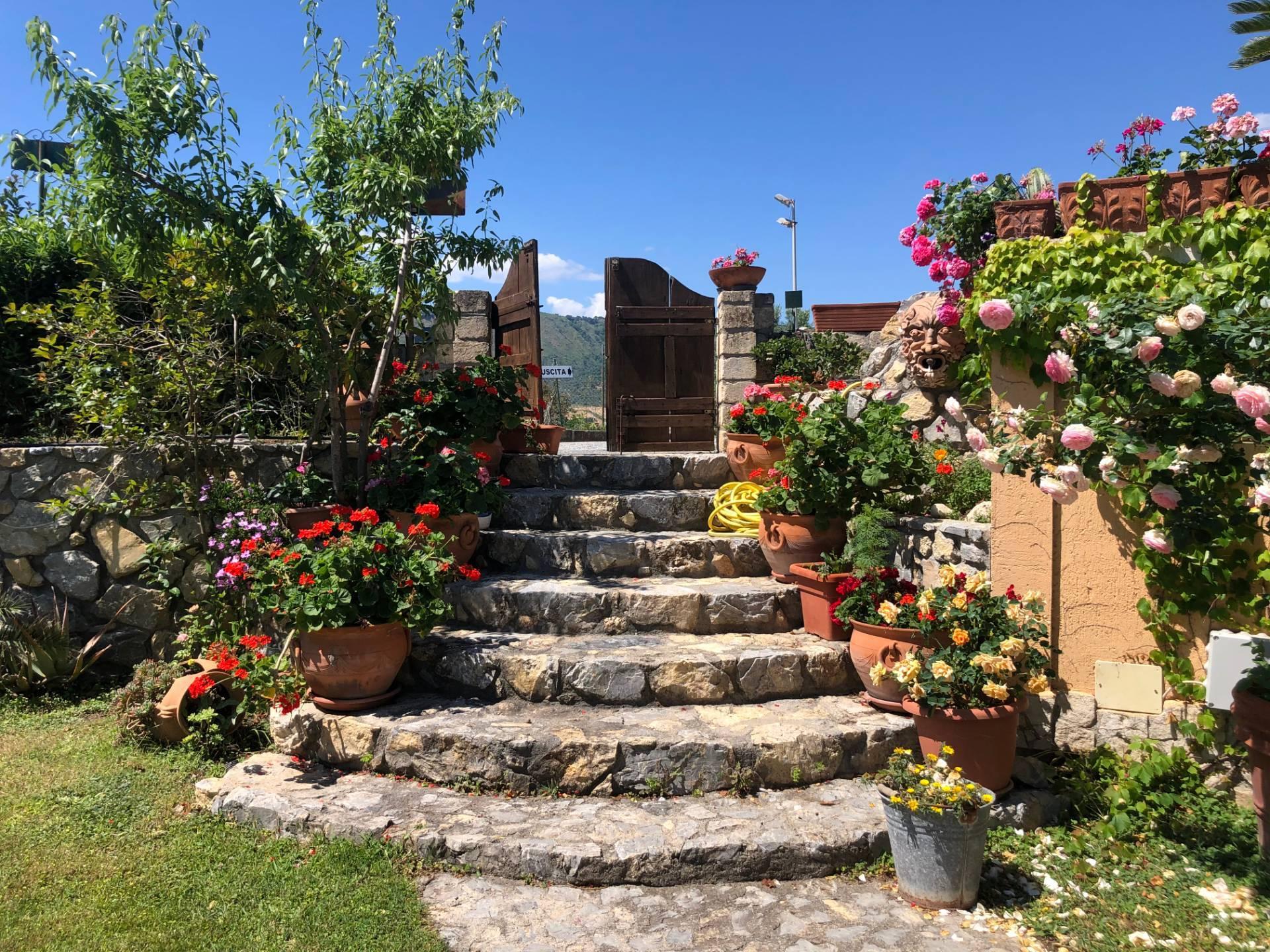 Altro in affitto a Squillace, 3 locali, zona Località: Lido, prezzo € 500 | CambioCasa.it