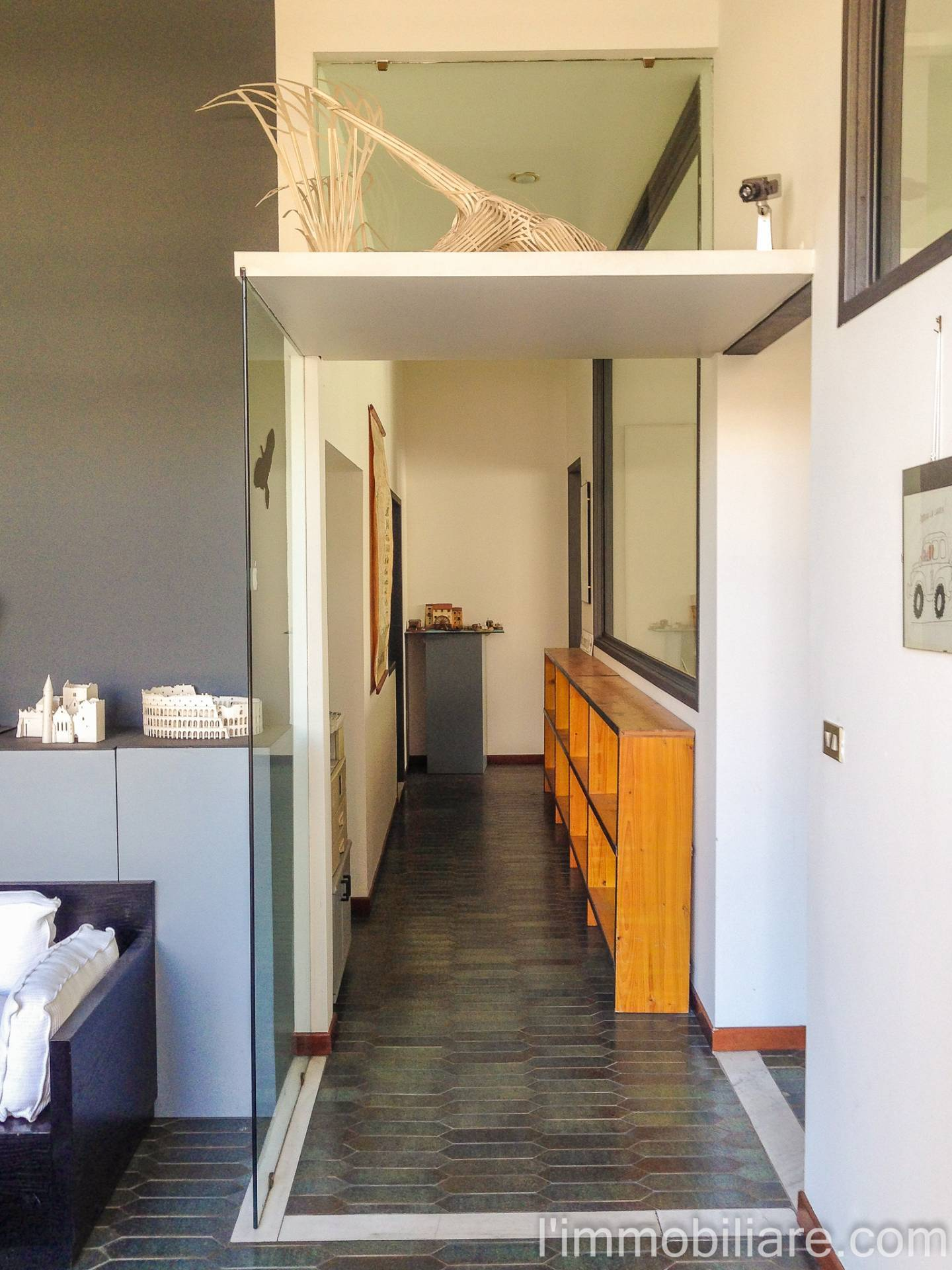 Ufficio / Studio in affitto a Verona, 9999 locali, zona Località: PonteCrencano, prezzo € 800 | CambioCasa.it