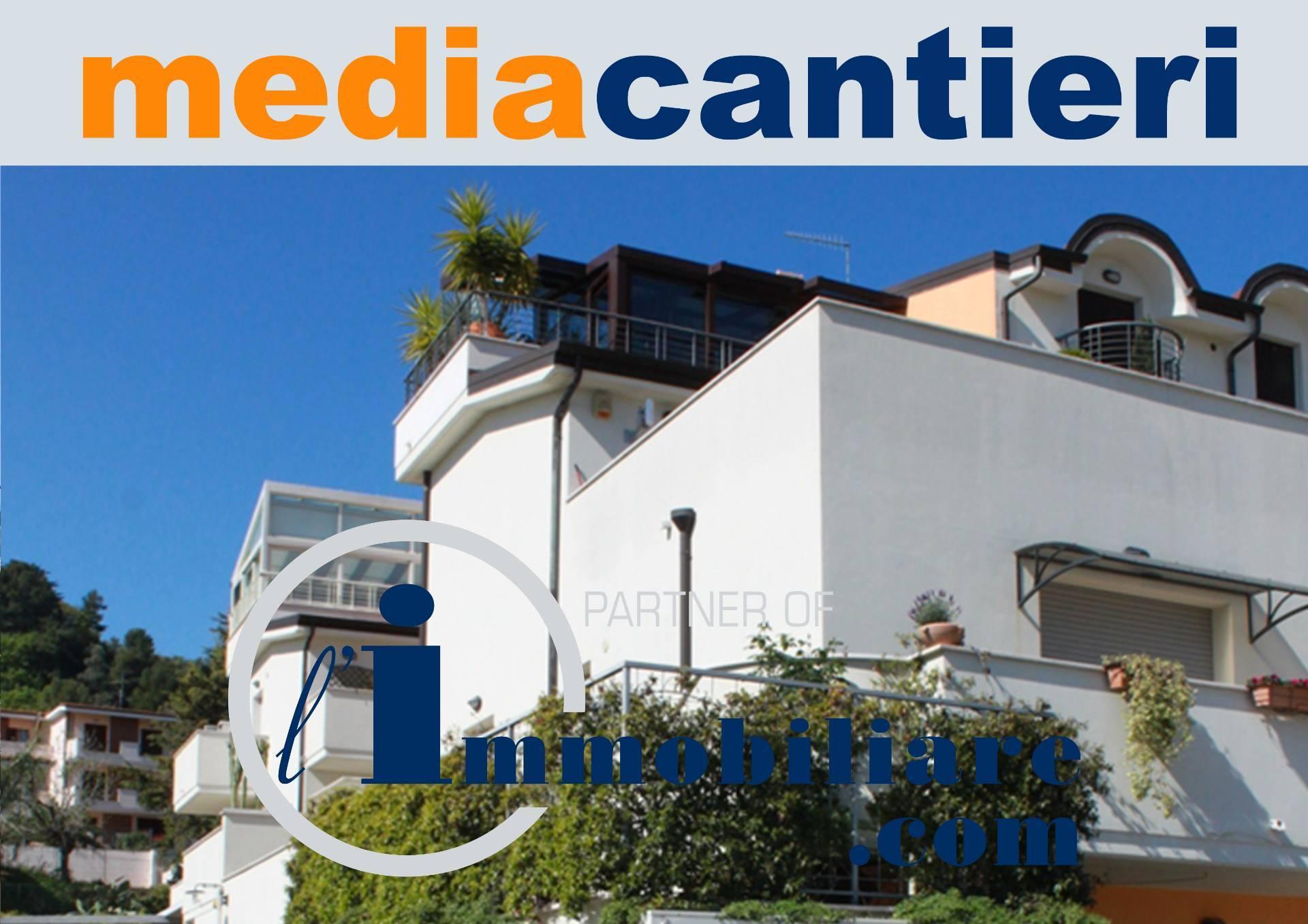 Appartamento in vendita a Montesilvano, 3 locali, prezzo € 165.000 | CambioCasa.it