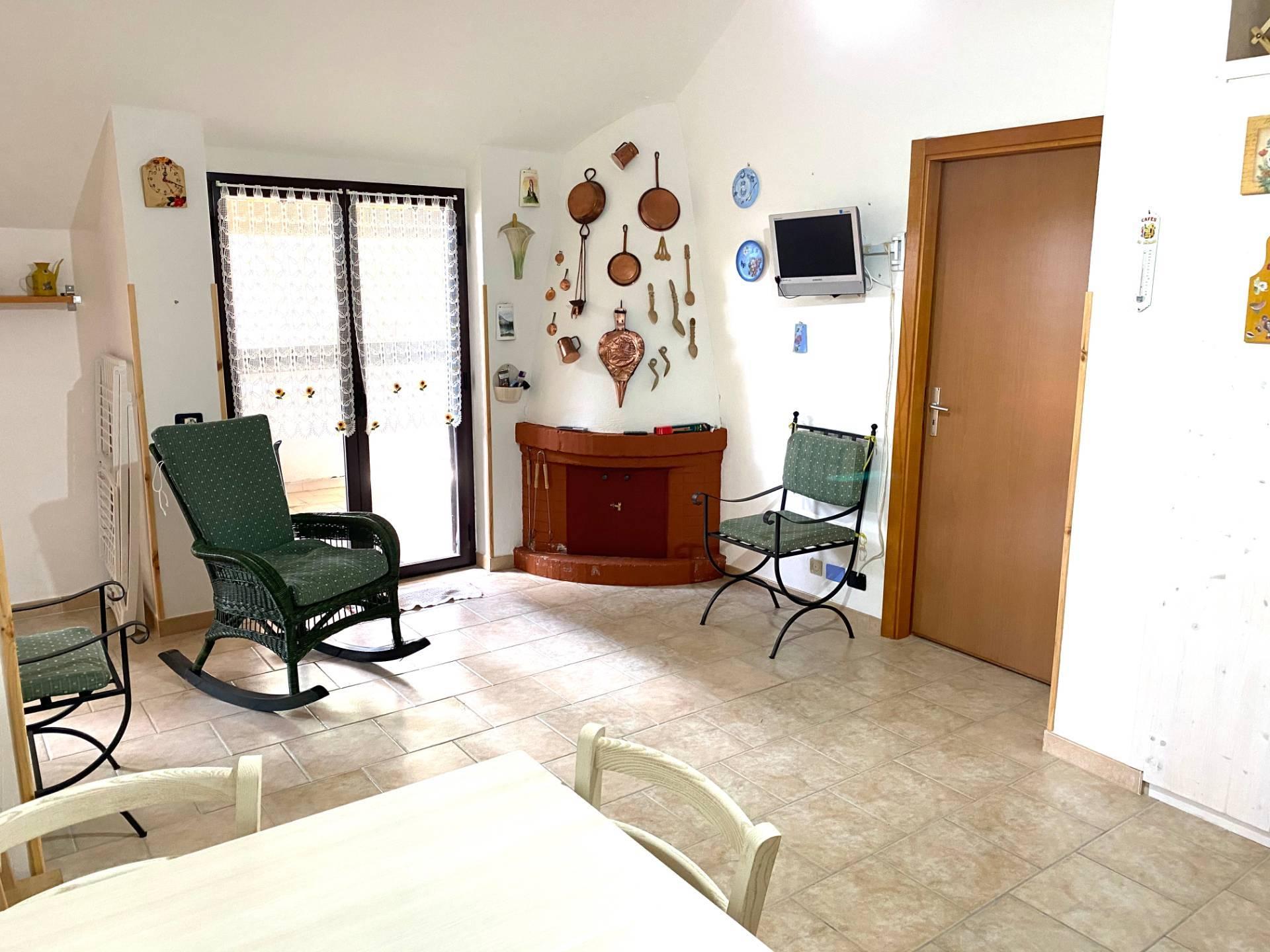 Appartamento in vendita a Taverna, 2 locali, prezzo € 32.000 | CambioCasa.it