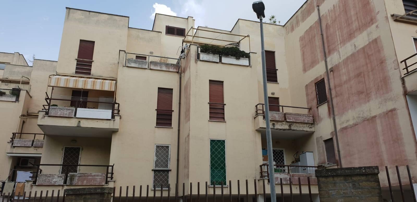 Appartamento in vendita a Nettuno, 3 locali, zona Località: loricina, prezzo € 79.000 | PortaleAgenzieImmobiliari.it