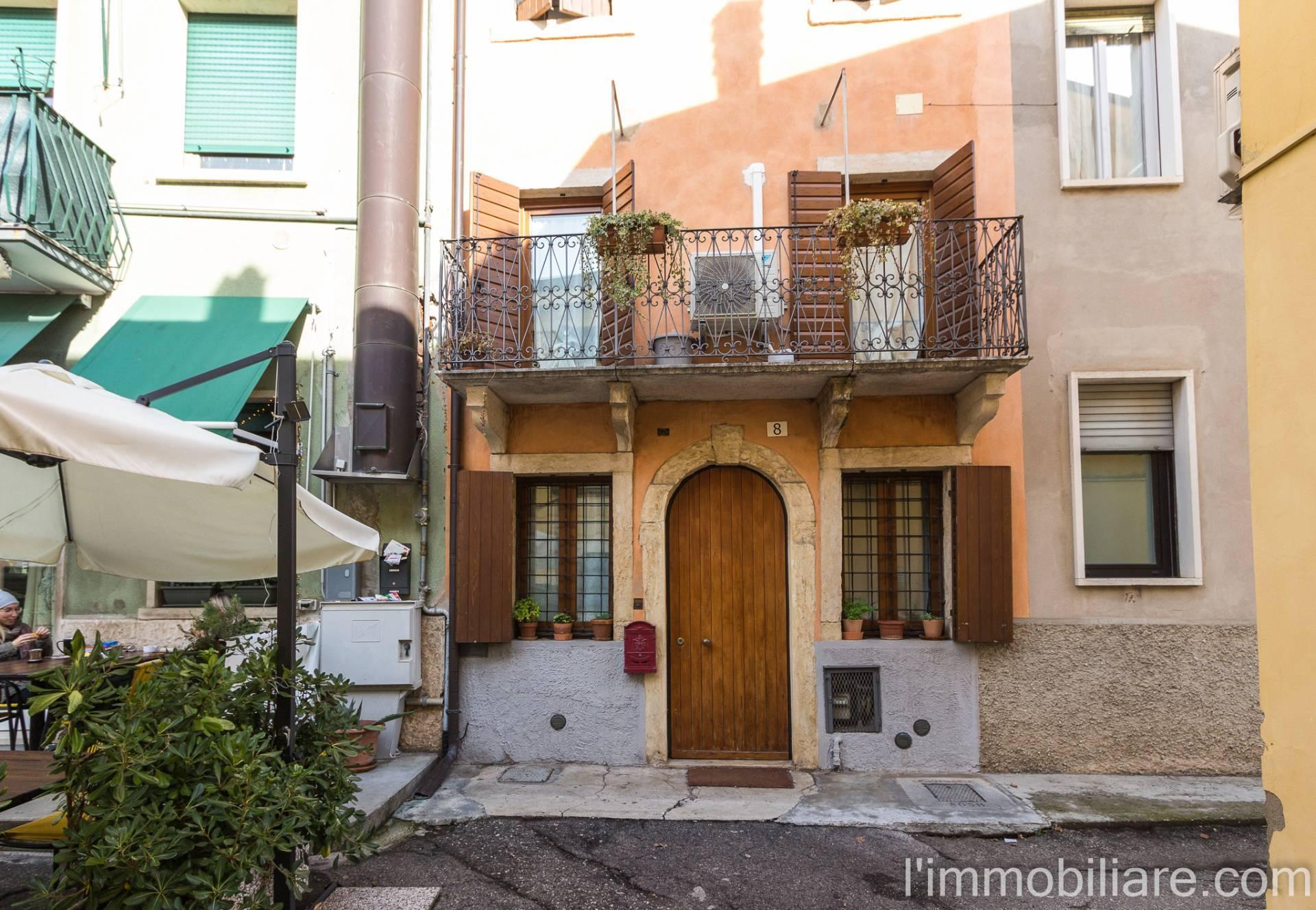 Appartamento in affitto a Verona, 2 locali, zona Quinzano - Pindemonte - Ponte Crencano - Valdonega - Avesa, prezzo € 600 | PortaleAgenzieImmobiliari.it