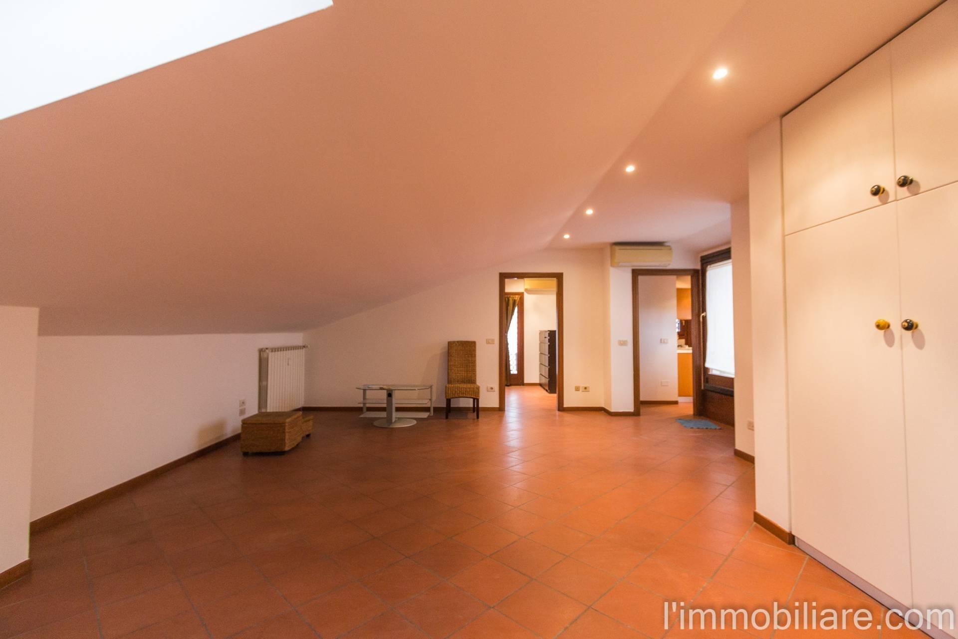 Appartamento in affitto a Verona, 3 locali, zona Località: PonteCrencano, prezzo € 580 | PortaleAgenzieImmobiliari.it