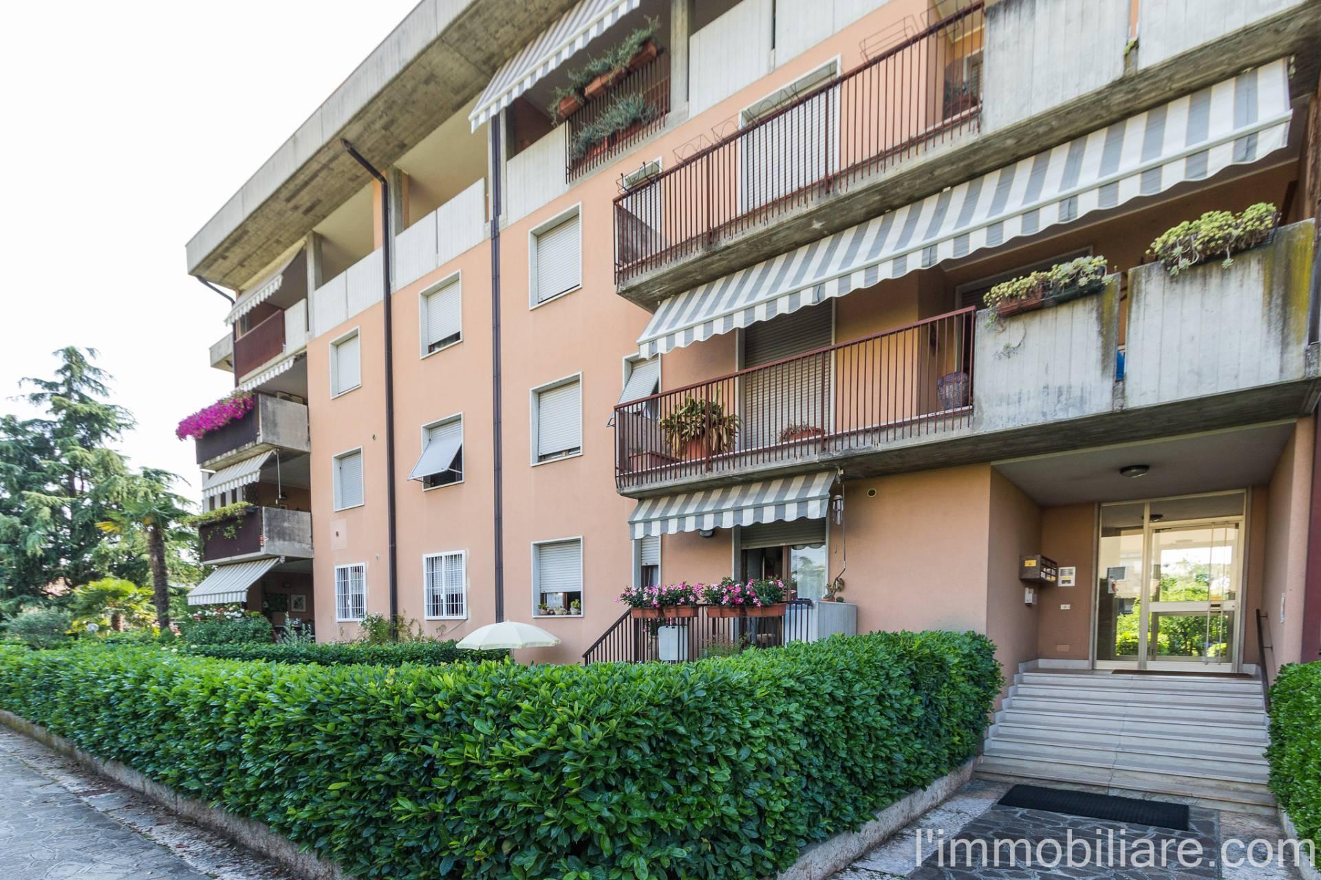 Appartamento in affitto a Verona, 5 locali, zona Località: PonteCrencano, prezzo € 850 | CambioCasa.it