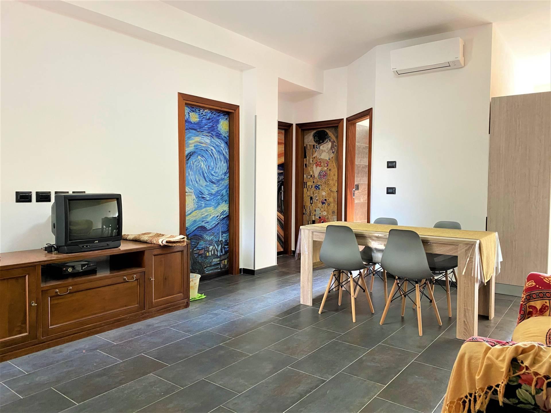 Appartamento in affitto a Sellia Marina, 3 locali, prezzo € 350 | CambioCasa.it