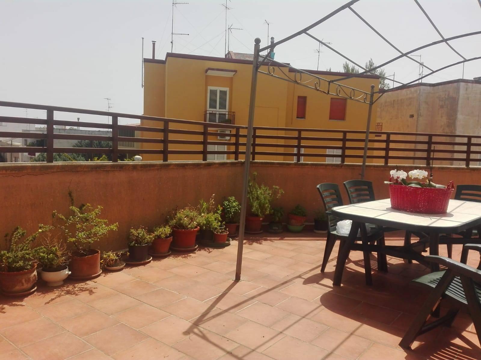 Appartamento in vendita a San Cesario di Lecce, 5 locali, prezzo € 85.000 | PortaleAgenzieImmobiliari.it