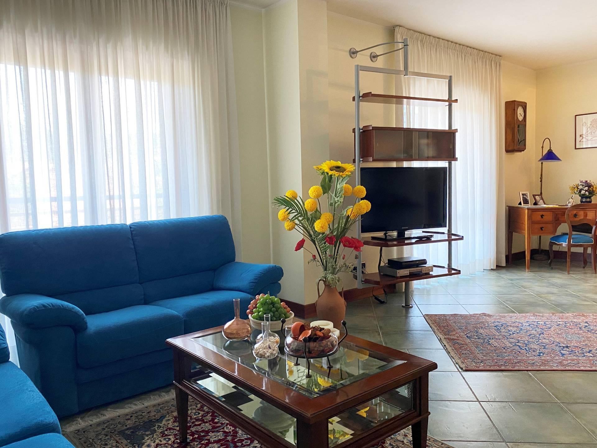 Appartamento in vendita a Squillace, 5 locali, zona Località: Lido, prezzo € 270.000   PortaleAgenzieImmobiliari.it