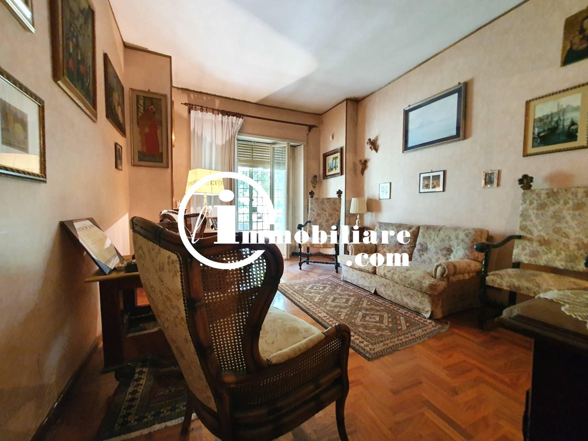 Appartamento in vendita a Roma, 3 locali, zona Località: MonteS., prezzo € 350.000 | CambioCasa.it