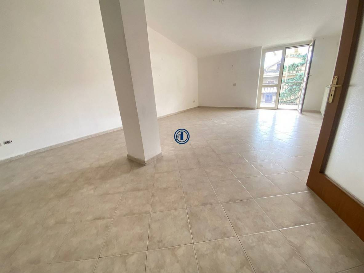 Appartamento in vendita a Caserta, 4 locali, zona ro, prezzo € 140.000 | PortaleAgenzieImmobiliari.it