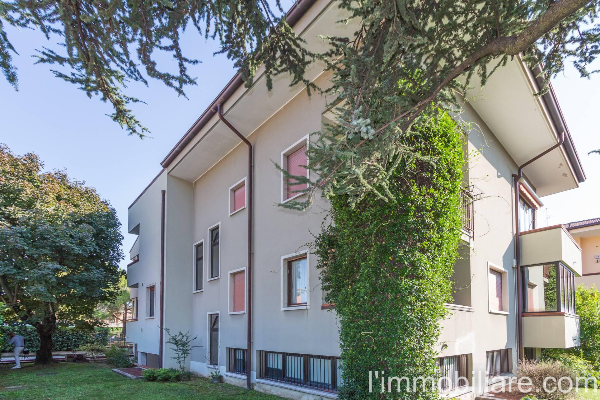 Appartamento in vendita a Verona, 6 locali, zona Località: PonteCrencano, prezzo € 370.000 | PortaleAgenzieImmobiliari.it