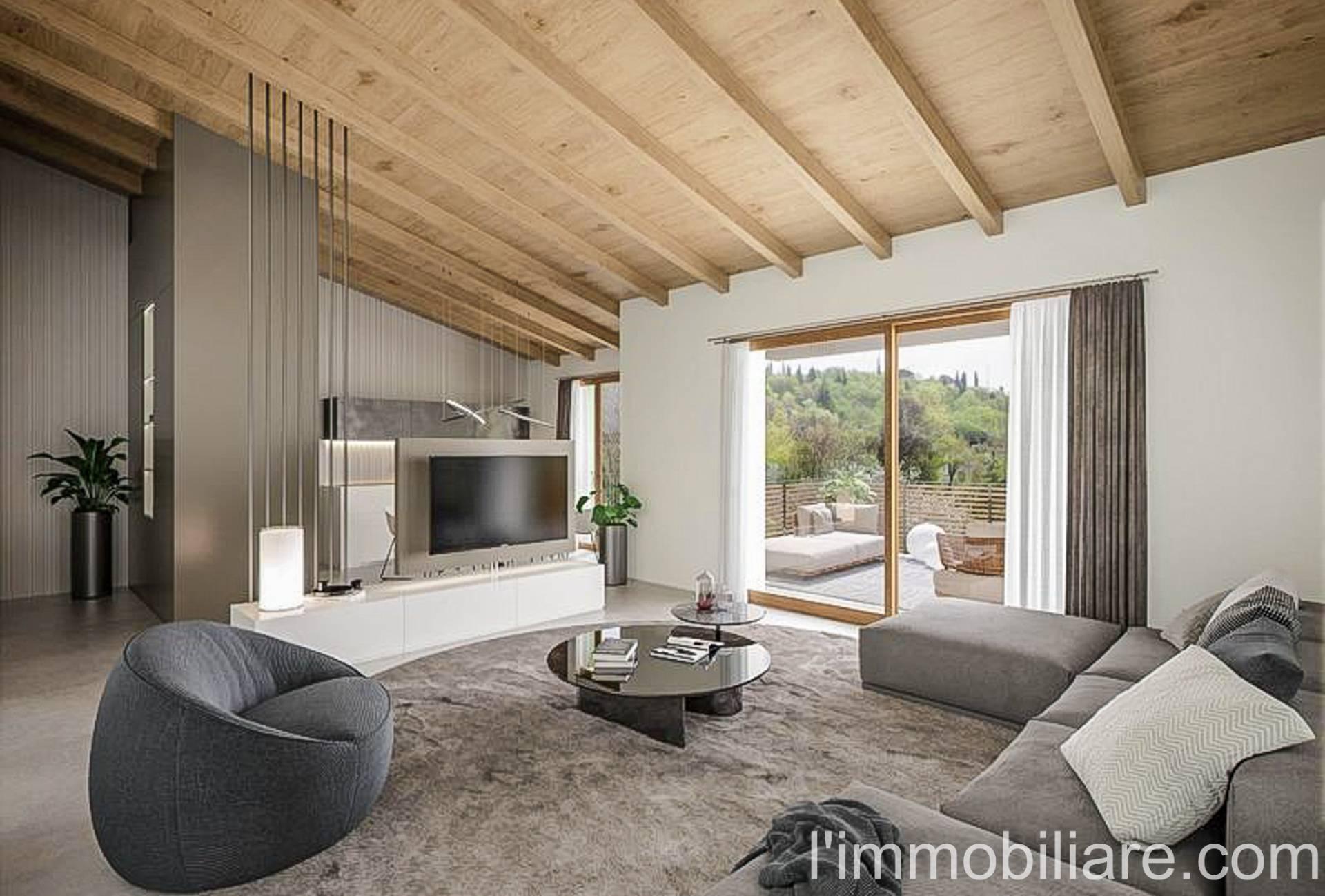 Appartamento in vendita a Verona, 5 locali, zona Quinzano - Pindemonte - Ponte Crencano - Valdonega - Avesa, prezzo € 474.000 | PortaleAgenzieImmobiliari.it