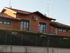 Vai alla scheda: Villa a schiera Vendita - Fenegrò (CO) - Codice -28-19-006