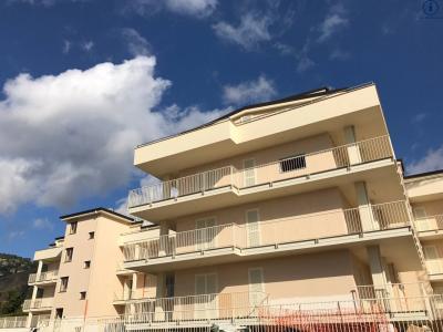 Vai alla scheda: Appartamento Vendita - Caserta (CE) - Codice -229-3V7