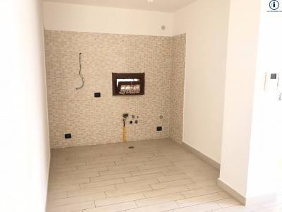 Vai alla scheda: Appartamento Vendita - Caserta (CE) | Tredici - Codice -229-3V36