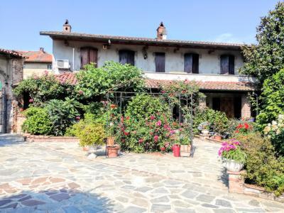 Vai alla scheda: Villa singola Vendita - Langosco (PV) - Codice -170-f38-1408