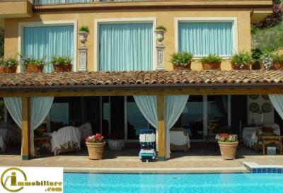 Vai alla scheda: Villa singola Vendita - Taormina (ME) | Centro - Codice 951