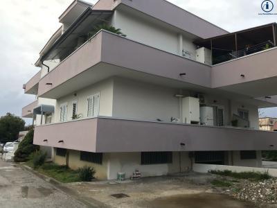 Vai alla scheda: Appartamento Vendita - Caserta (CE) | San Clemente - Codice -3V47