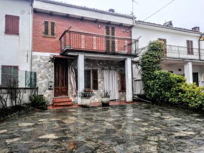 Vai alla scheda: Casa indipendente Vendita - Camino (AL) - Codice -170-f38-1428