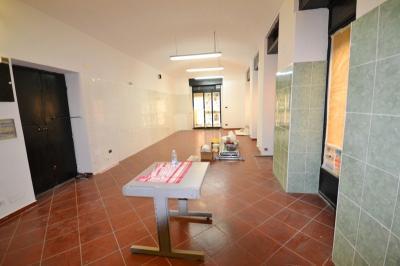 Vai alla scheda: Attività Commerciale Affitto - Torino (TO)   Centro - Codice -585