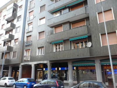 Vai alla scheda: Negozio Affitto/Vendita - Milano (MI) | Lorenteggio - Codice -319004