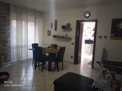 Vai alla scheda: Appartamento Vendita - Rovellasca (CO) - Codice -19-011