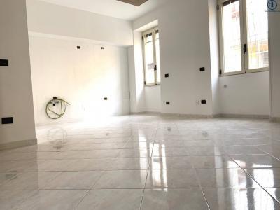 Vai alla scheda: Appartamento Vendita - Curti (CE) - Codice -229-3V66