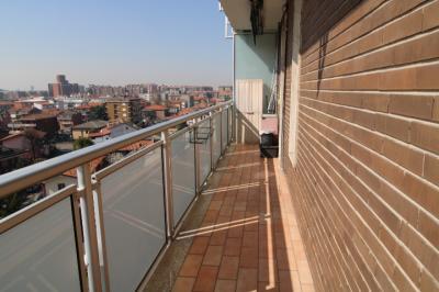Vai alla scheda: Appartamento Vendita - Cologno Monzese (MI) - Codice -126-CB829
