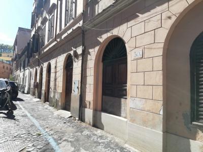 Vai alla scheda: Locale Commerciale Affitto - Roma (RM) | Trastevere - Codice -294-aig34