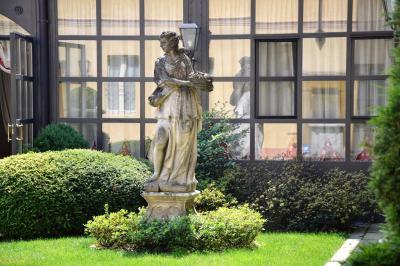Vai alla scheda: Stabile / Palazzo Vendita - Tromello (PV) - Codice -18059.1