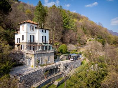 Vai alla scheda: Villa singola Vendita - Cernobbio (CO) | Rovenna - Codice -144-CB838