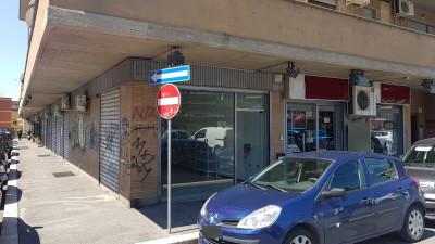 Vai alla scheda: Negozio Affitto - Roma (RM)   Trionfale - Codice -323-Aff. Monfortani