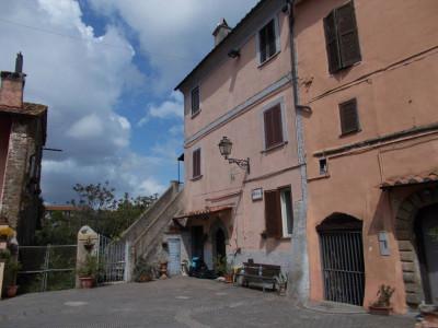 Vai alla scheda: Appartamento Vendita - Corchiano (VT) - Codice -323-Corchiano
