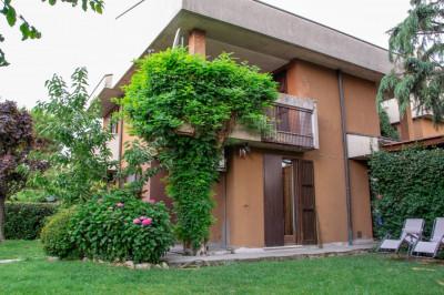 Vai alla scheda: Villa singola Vendita - Buccinasco (MI) - Codice -109-V52