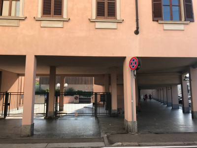 Vai alla scheda: Box / Posto auto Vendita - Busto Arsizio (VA) | Centro - Codice -93-ba811
