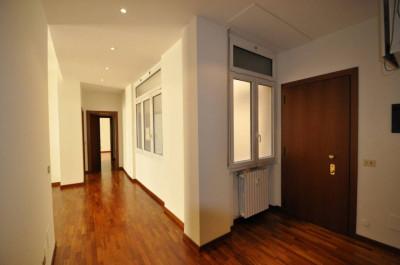 Vai alla scheda: Ufficio Affitto - Milano (MI)   Centro Storico - Codice -86-21001.15