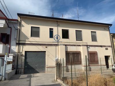 Vai alla scheda: Casa indipendente Vendita - Caserta (CE) | Sala - Codice -217-SIV10