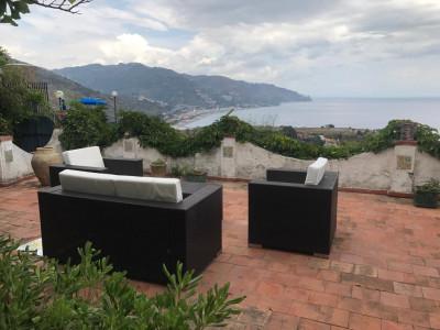 Vai alla scheda: Appartamento Vendita - Taormina (ME) | Centro - Codice -202-2182