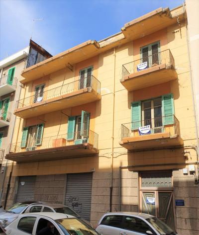 Vai alla scheda: Appartamento Vendita - Messina (ME) | Duomo, via Garibaldi, c.so Cavour - Codice -199-2183