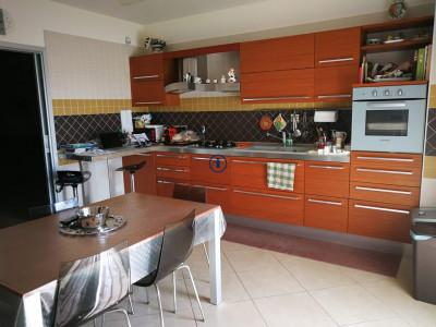 Vai alla scheda: Appartamento Vendita - San Nicola la Strada (CE) - Codice -229-4V63