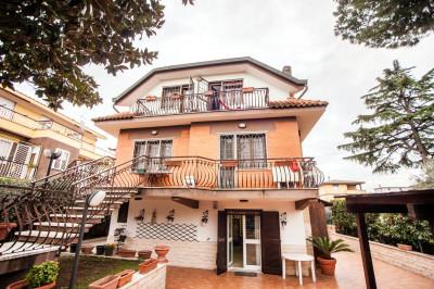 Vai alla scheda: Villa singola Vendita - Roma (RM) | Morena - Codice -291-VA0038