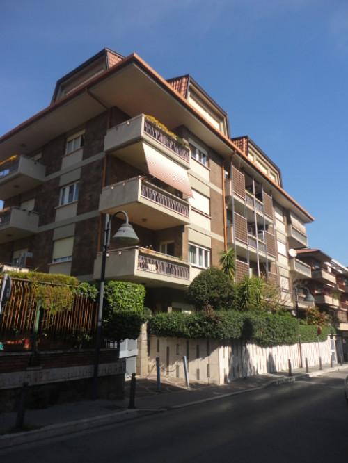 Vai alla scheda: Appartamento Vendita - Grottaferrata (RM) - Codice -380-CASSANI