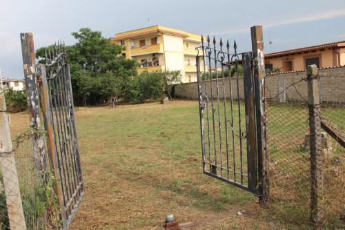 Vai alla scheda: Terreno  Residenziale Vendita - Roma (RM) - Codice -380-F1 FOSSO DELL'OSA