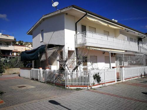 Villa a Schiera in Vendita a Brancaleone