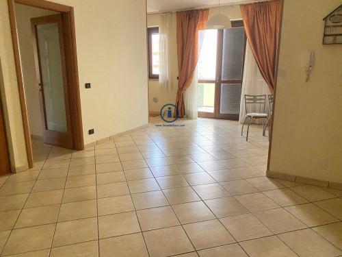 Vai alla scheda: Appartamento Vendita - San Nicola la Strada (CE) - Codice -229-3V82