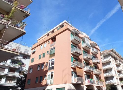 Full content: Apartment Sell - Roma (RM) | Balduina - Code BALDUINA - VIA ANTONIO LOCATELLI