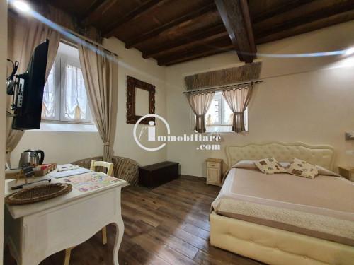 Vai alla scheda: Appartamento Affitto - Roma (RM)   Centro Storico - Codice -320-PIAZZA NAVONA